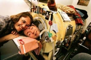 The real Mark O'Brien and Susan Fernbach: In love.